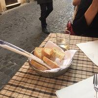 รูปภาพถ่ายที่ Osteria Oscar a Montecitorio โดย o_no_chang เมื่อ 10/3/2017