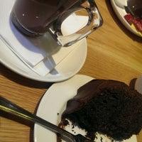 Photo prise au Café Rouge par Tanaka H. le4/25/2014