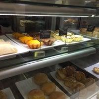 1/25/2017にRegina R.がB.LEM Portuguese Bakeryで撮った写真