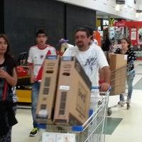 Photo prise au Parque Avellaneda Shopping par INSTITUTO T. le11/9/2013