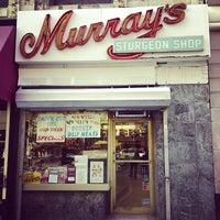 10/5/2013にRuben B.がMurray's Sturgeon Shopで撮った写真