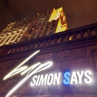 Das Foto wurde bei Simon Says von Sergey P. am 11/6/2013 aufgenommen