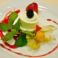 Foto diambil di Кулинарная студия Mandarin gourmet oleh Maya P. pada 9/26/2012
