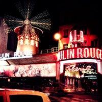Das Foto wurde bei Moulin Rouge von Anna T. am 3/10/2013 aufgenommen