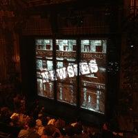 Foto tirada no(a) Nederlander Theatre por Lauren O. em 3/27/2013