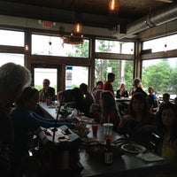รูปภาพถ่ายที่ Bantam Pub โดย Social R. เมื่อ 5/19/2013