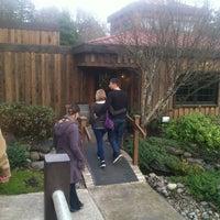 Foto diambil di Dobbes Family Estate Winery oleh Santanna G. pada 12/29/2012
