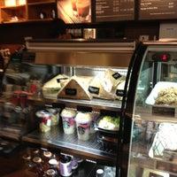 Foto tomada en Starbucks por Chaparrock el 5/8/2013