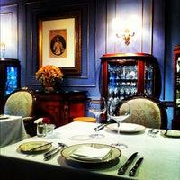 10/1/2012 tarihinde Krobtham P.ziyaretçi tarafından Le Vendôme'de çekilen fotoğraf