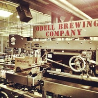 รูปภาพถ่ายที่ Odell Brewing Company โดย Zeke S. เมื่อ 11/20/2012