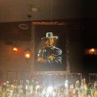 Photo prise au Black Swan Saloon par TheYumYum F. le2/21/2014