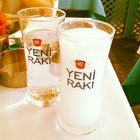 7/4/2013 tarihinde Duygu Ö.ziyaretçi tarafından Mavra Restaurant'de çekilen fotoğraf