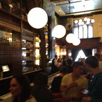 รูปภาพถ่ายที่ The Misfit Restaurant + Bar โดย Rich B. เมื่อ 4/13/2013