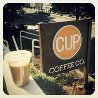 5/5/2013 tarihinde Joe H.ziyaretçi tarafından Cup Coffee Co.'de çekilen fotoğraf