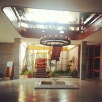 2/14/2013 tarihinde Ozge A.ziyaretçi tarafından Mimarlık Fakültesi'de çekilen fotoğraf