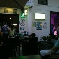 Foto diambil di Primeira Página Bar & Restô oleh Morena B. pada 7/7/2013