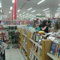 Foto tirada no(a) Lojas Americanas por David R. em 11/24/2012