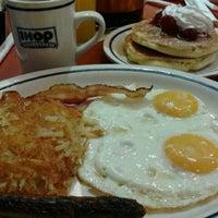 Foto tomada en IHOP por Marizol B. el 10/27/2012