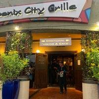 Foto tirada no(a) Phoenix City Grille por M K. em 9/23/2019