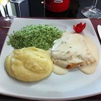 Foto tirada no(a) Sobreiro Restaurante por Angelo B. em 10/21/2012