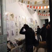12/21/2013에 Rafa D.님이 Miscelanea Gallery-Shop-Café에서 찍은 사진