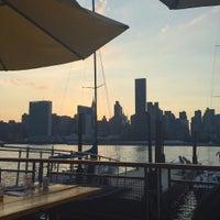 Das Foto wurde bei Anable Basin Sailing Bar & Grill von delia am 8/29/2015 aufgenommen