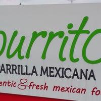 Foto tomada en Burrito Parrilla Mexicana por Angus W. el 7/29/2016