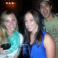 Foto scattata a CA Wine Room da Sarah A. il 6/2/2013