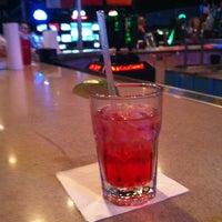 Снимок сделан в SRO Sports Bar & Cafe пользователем Bella L. 2/23/2013