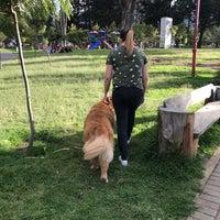 Foto diambil di Parque Inglés oleh Natalie V. pada 6/2/2018