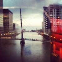 10/30/2012 tarihinde Anna K.ziyaretçi tarafından Canary Wharf'de çekilen fotoğraf