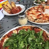 Foto diambil di Pizzeria Solario oleh iPau_ pada 8/25/2017