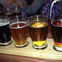 11/9/2012에 Lisa C.님이 Dukes Bar & Grille에서 찍은 사진