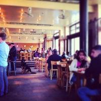 5/3/2013 tarihinde Marina B.ziyaretçi tarafından Café Belga'de çekilen fotoğraf