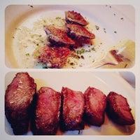 1/29/2013 tarihinde Pammie T.ziyaretçi tarafından MarkJoseph Steakhouse'de çekilen fotoğraf