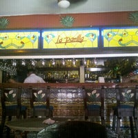 Снимок сделан в La Parrilla Cancun пользователем Juan T. 10/14/2012