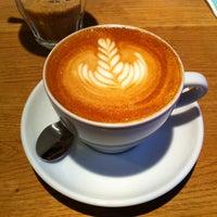 Foto tomada en Espresso Embassy por Krixta el 3/16/2013