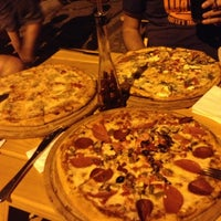 Das Foto wurde bei Uno Restaurant von Mustafa A. am 8/30/2013 aufgenommen