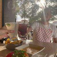 Foto diambil di Cantina Laredo oleh Byron W. pada 9/17/2020