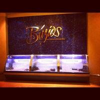 Foto tirada no(a) Buzios Seafood Restaurant por Matthew R. em 12/4/2012