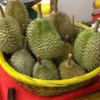"Photo prise au ""Combat"" Top Quality Durian par Artur S. le8/25/2013"