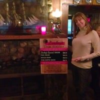 10/14/2013にJennifer-Lyn T.がLindey's Prime Steak Houseで撮った写真