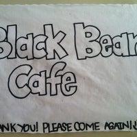 Photo prise au BLACK BEAR CAFE par Sarah N. le3/22/2013