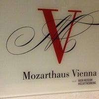 Das Foto wurde bei Mozarthaus von Tuğba Ş. am 10/6/2012 aufgenommen