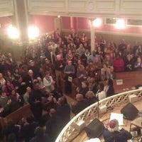 Foto scattata a Sixth & I Historic Synagogue da Yasha M. il 1/19/2013