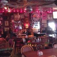 Foto tomada en The Red Bar por Nancy Lilly Z. el 1/16/2013