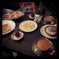 Foto tomada en Hasir Restaurant por Mariann M. el 11/18/2012
