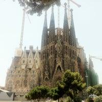 Foto tirada no(a) Sagrada Família por Aaron C. em 7/8/2013