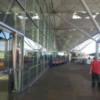 Foto scattata a London Stansted Airport (STN) da Gary D. il 9/29/2012