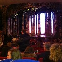 Foto tirada no(a) Broadway Theatre por Ed J D. em 2/20/2013